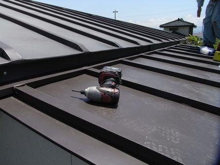 増築部屋根