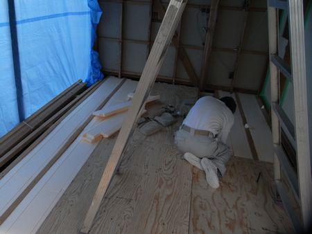 床断熱材・床下地工事